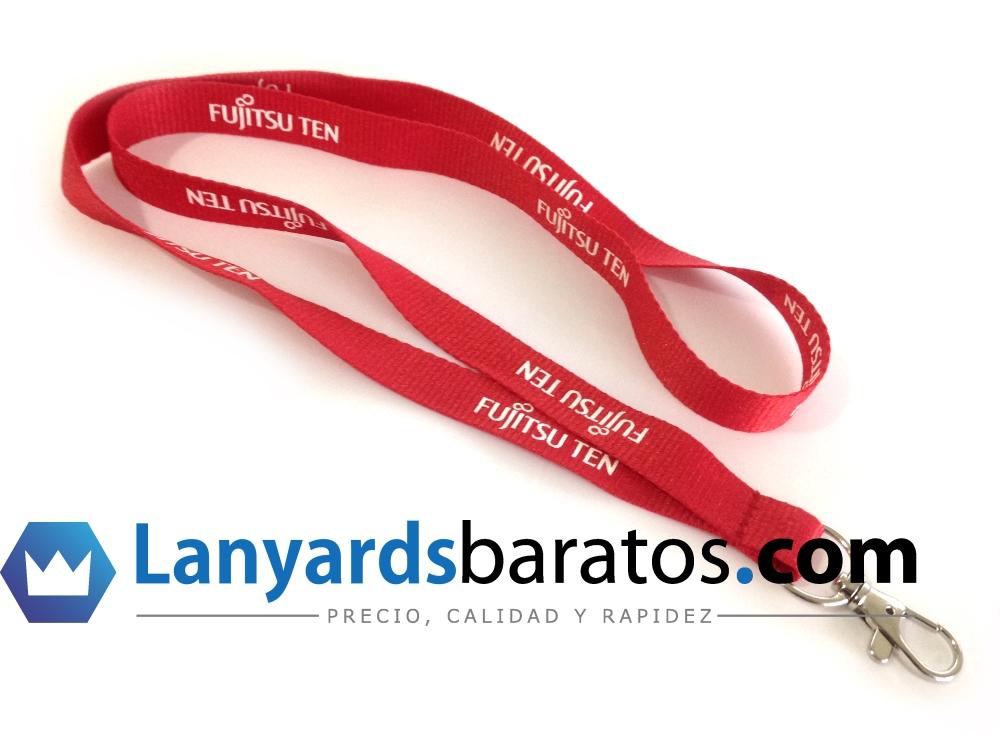 Cintas de cuello personalizadas de color rojo y logo blanco, en serigrafía.