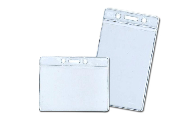 Porta identificadores en posición horizontal y vertical.